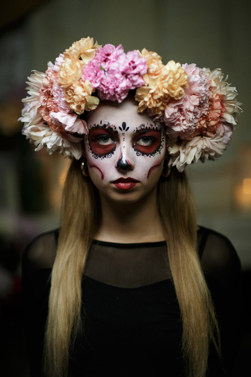 Create your own dia de los muertos flower crown funny how flowers this stunning floral crown was made using carnations chrysanthemum izmirmasajfo