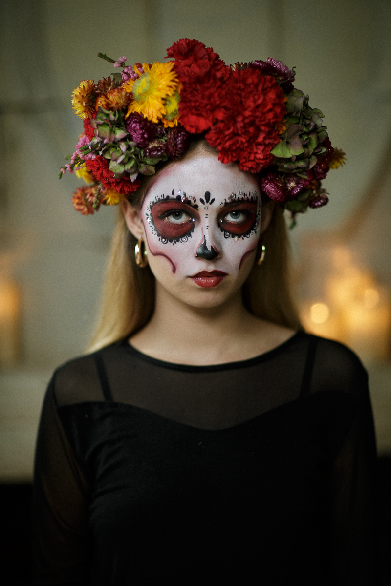 Create your own dia de los muertos flower crown funny how flowers this crown was made using hydrangeas carnations marigolds helichrysum heather astrantia izmirmasajfo