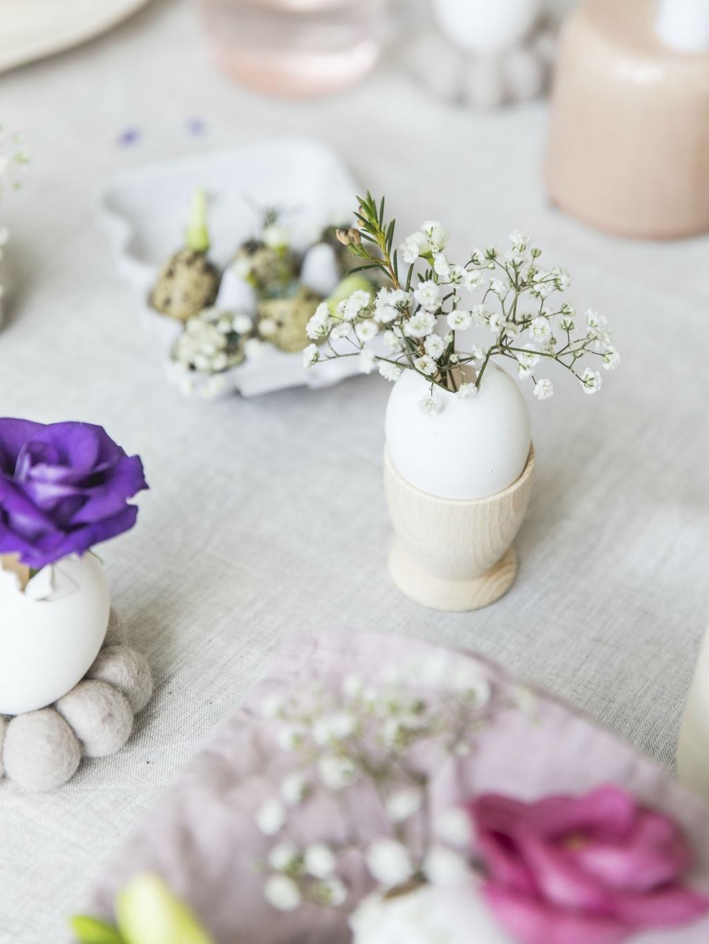 DIY: dainty eggshell vases | Funny how flowers do that